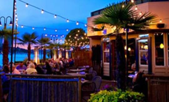 Duke's: Best Seafood Restaurant Seattle