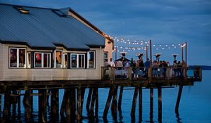 Duke's Seafood Tacoma Restaurant