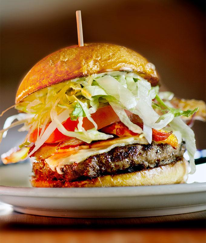 Duke's Juicy Burger