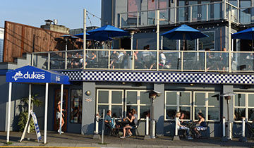 Duke's Seafood Alki